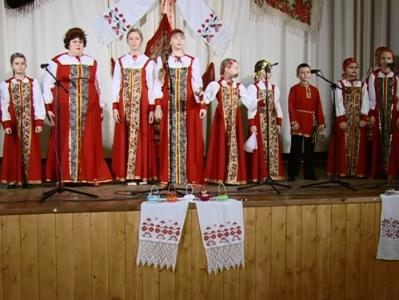 Поёт Данков
