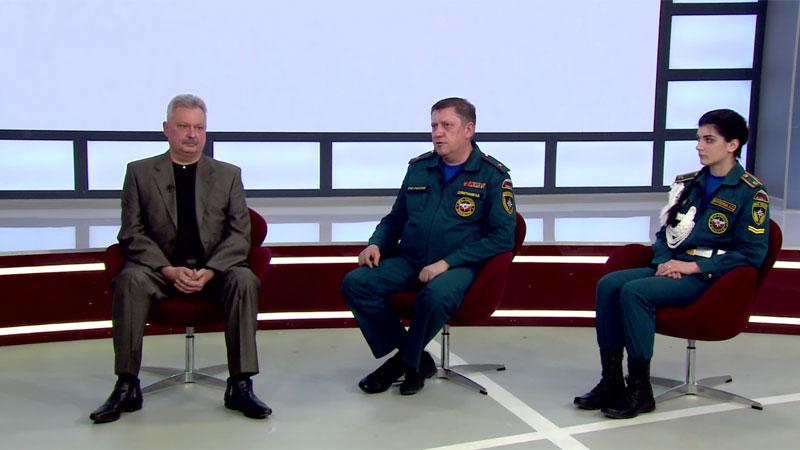 Олег Максимов, Михаил Салфетников, Анастасия Крупкина