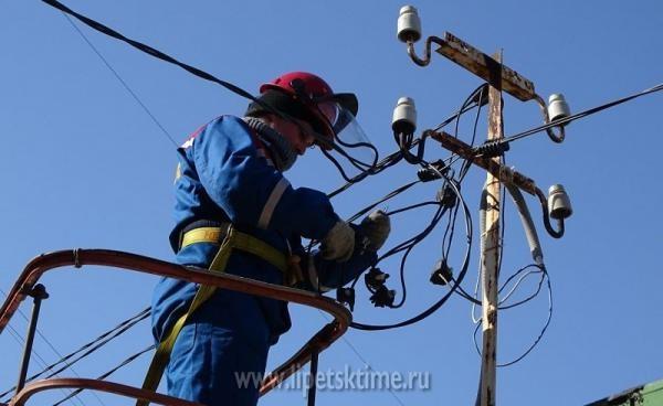 Из-за снегопада вЛипецке остались без света 5 тыс. граждан