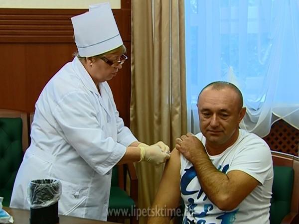 ВАстраханской области вакцинация отгриппа продлится доноября