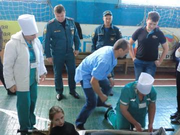 В Грязях прошла военизированная эстафета среди школьников