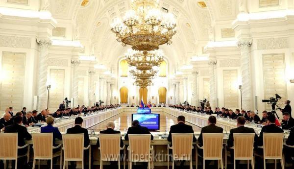 Брянского губернатора пригласили вКремль на совещание государственного совета
