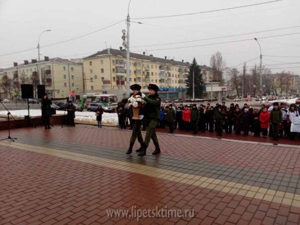 ВДень Неизвестного бойца воВладивостоке почтили память павших бойцов