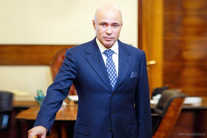 Игорь Артамонов по-прежнему в топ-5 медиарейтинга губернаторов